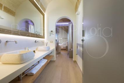Suite Ionia