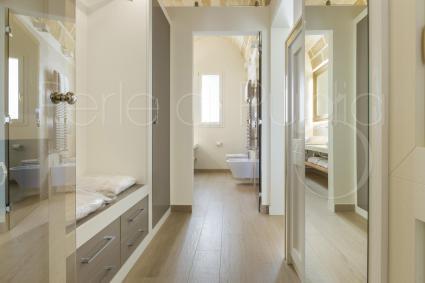 Egea Suite also has a hallway that leads to the en suite bathroom